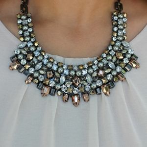 Kahlo statement necklace